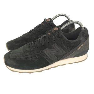 New Balance 696 Sneakers EUC